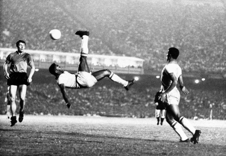 Hailed As The Greatest Professional Soccer Player Of All Time Pele Grew Up Very Poor In Brazil He Was Born On 23rd October 1940 A Small Town Known
