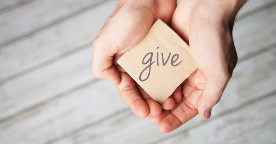 science-proof-giving-charity-happier